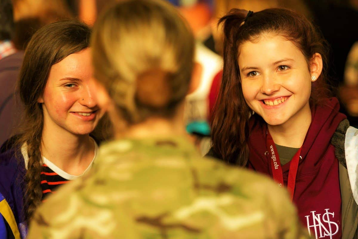 army with smiling students - Medlink Free