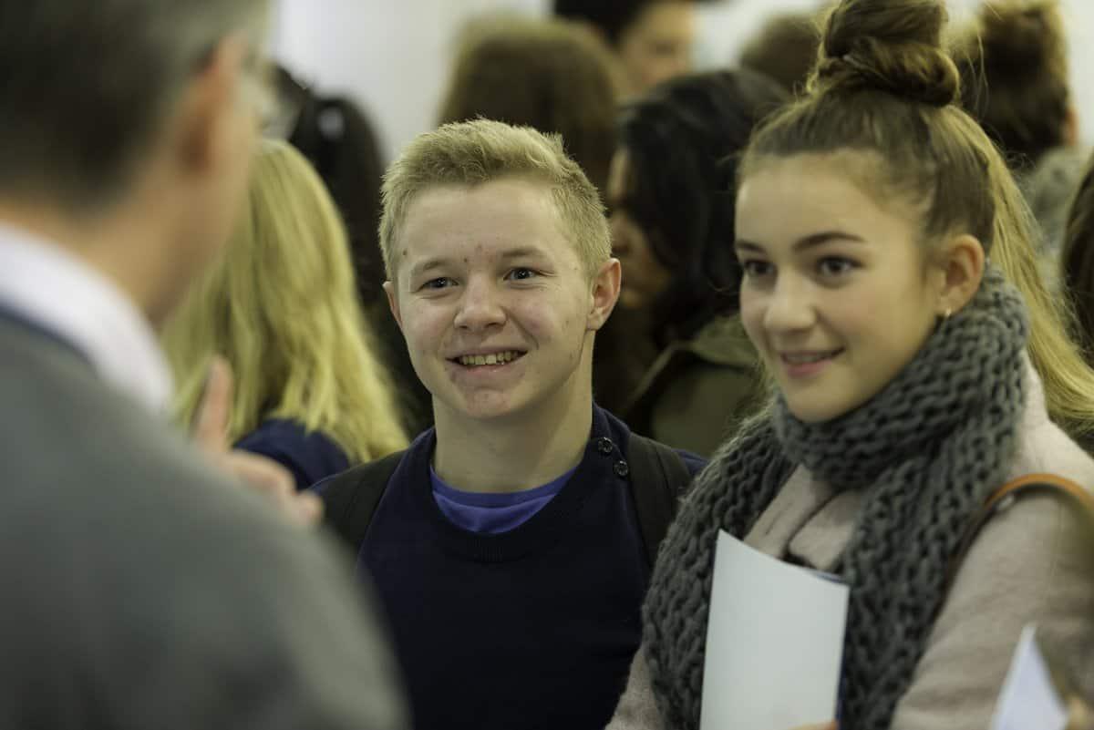 happy students 1 - Medlink Virtual Exhibition